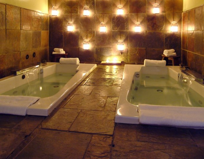 7 Day Spas Perfect for Couples