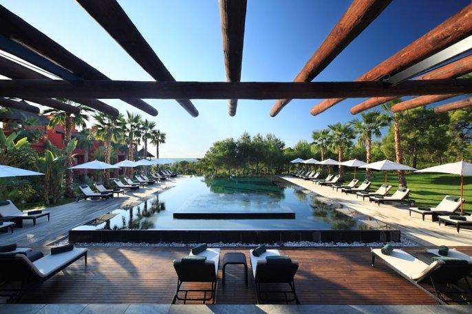 Barcelo Asia Gardens Hotel